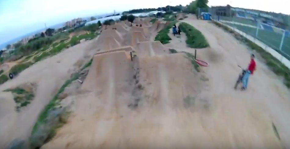 La Poma à discrétion - The entire Dirt Park in one go! - Simon Moratz