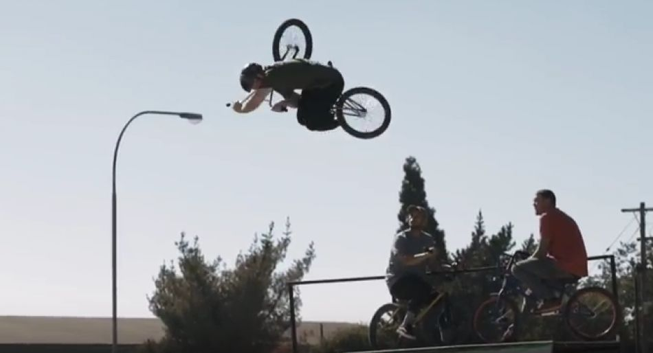 Vans ZA BMX: Hitting The Road! by Kevin Schnider