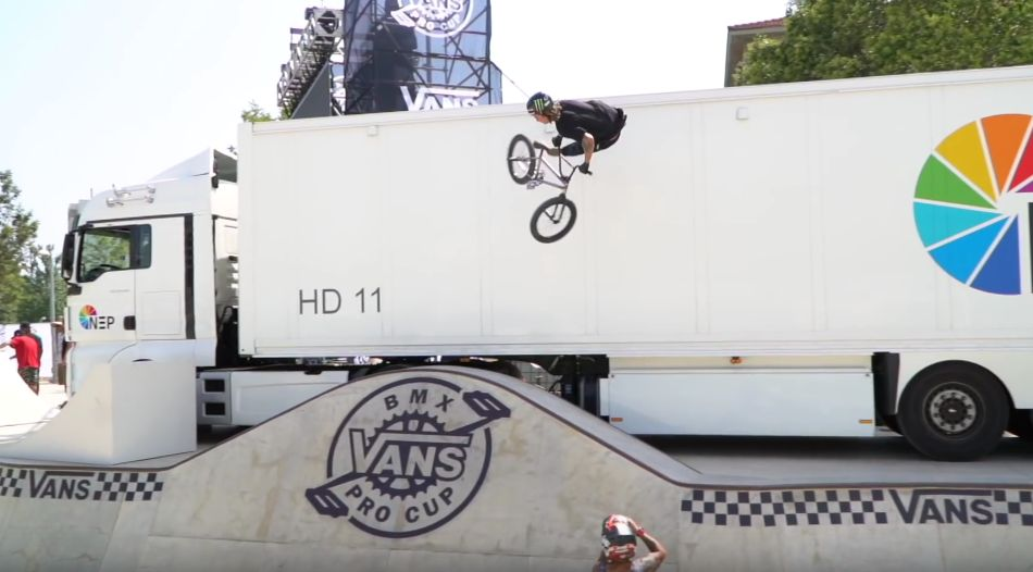 WALLRIDES ON TRUCKS - VANS BMX PRO CUP MALAGA DAY TWO by Ride BMX