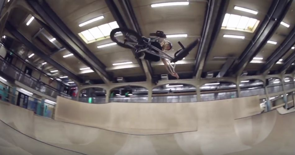 THE WOMEN OF BMX SHRED THE SOURCE PARK - GIRLS ONLY JAM