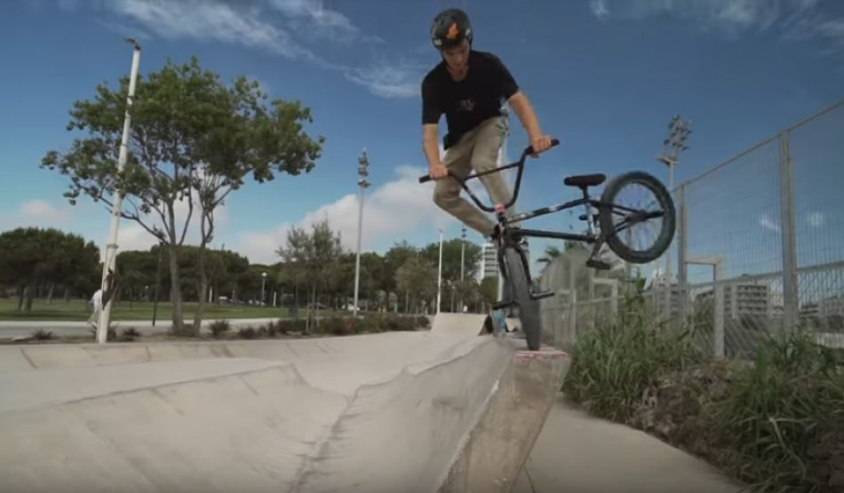 Alex Hiam in Barcelona - Colony BMX