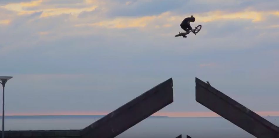 Simple Session 17 BMX TEASER TRAILER by simplesession