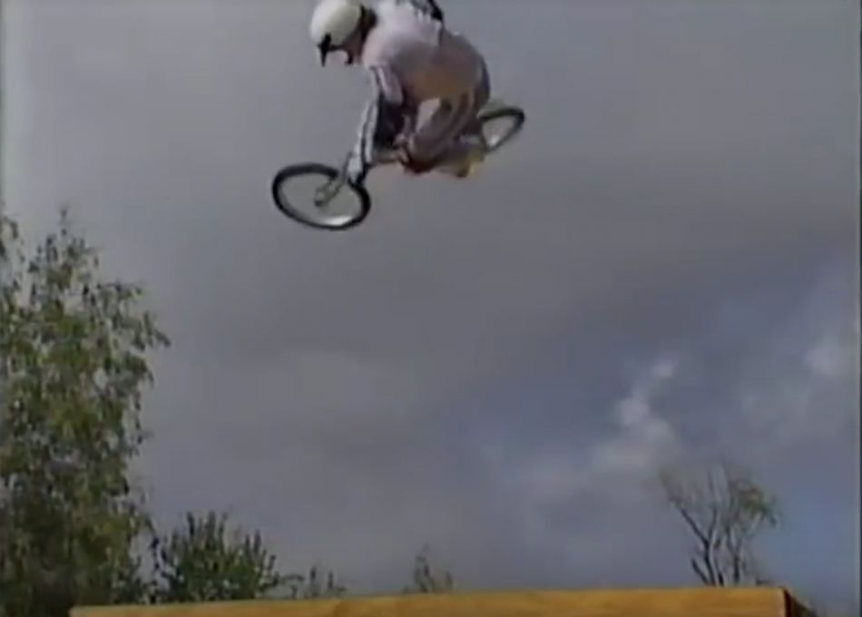 (1987) Showin' Off, Freestyle by OldSchoolBMX TV