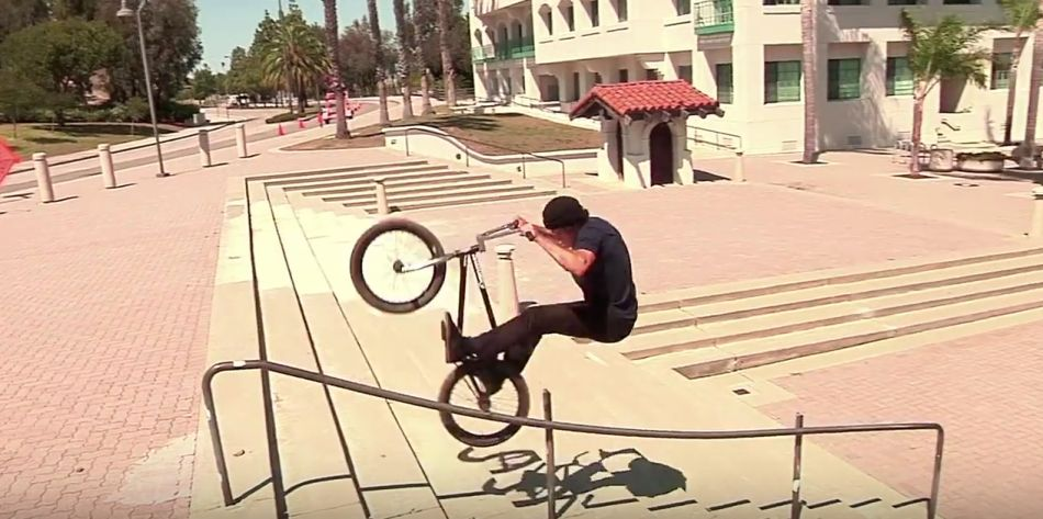 INTRO - MONSTER MASH BMX STREET DVD by COMMON CREW