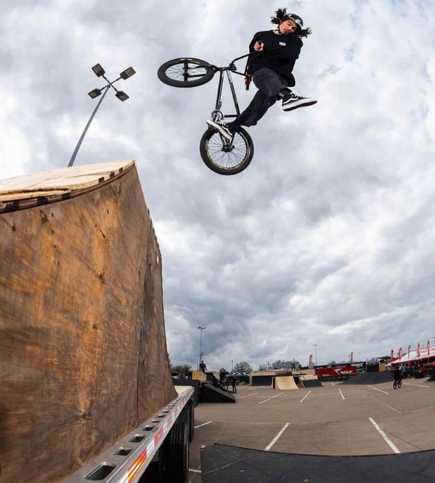 Peraza wins BMX Triple Challenge Arlington, Texas