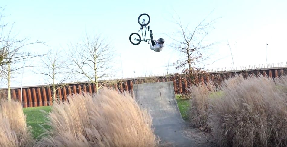 16 YEAR OLD BMX KID CRAZY FLAIR WHIP ON STREET by Sebastian Keep