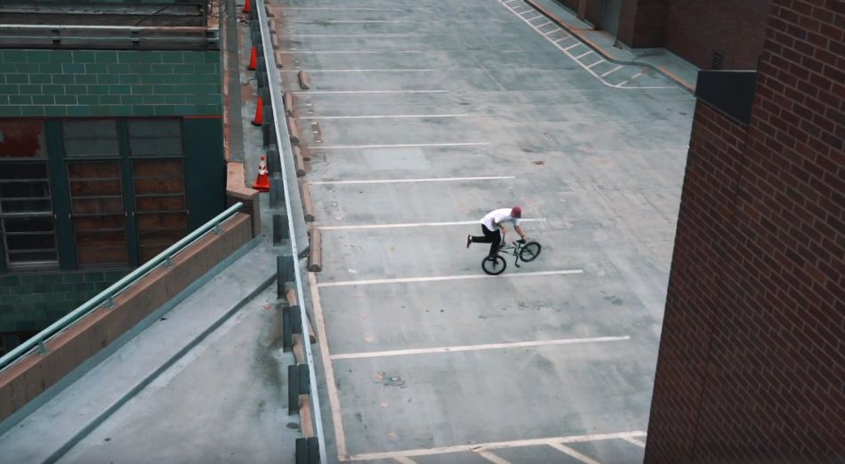 BMX RIDING IN NEW YORK CITY | CHRIS BÖHM