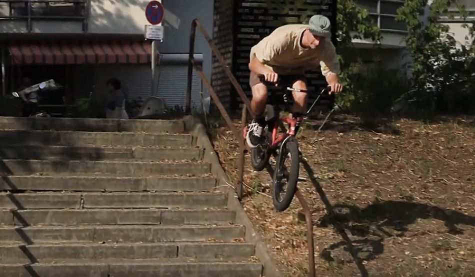 "BMX Street: Adrian Warnken – ""Brainpalmed"" by freedombmx"