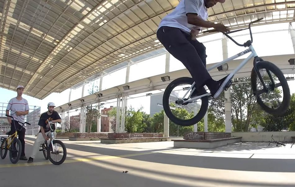 Courage Adams |Inglada & Perrin vs Courage & Charly - BMX Game of BIKE| Cap:6