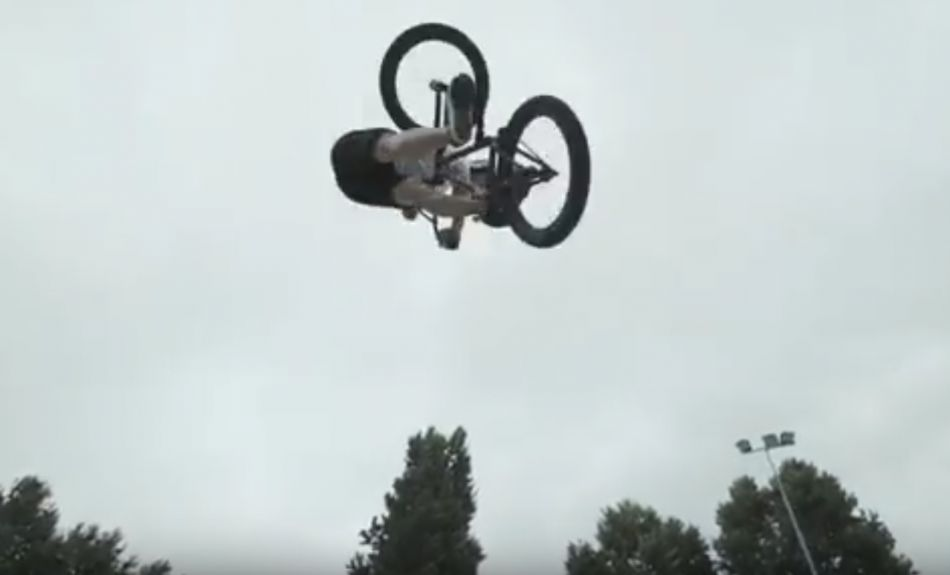 Sergio Layos - One Minute Run: Miranda - Flybikes