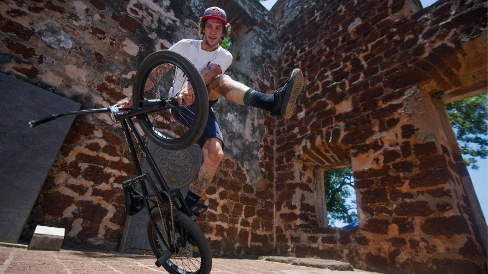 Raditudes: Endless Possibilities with Matthias Dandois | S3E7 by Red Bull