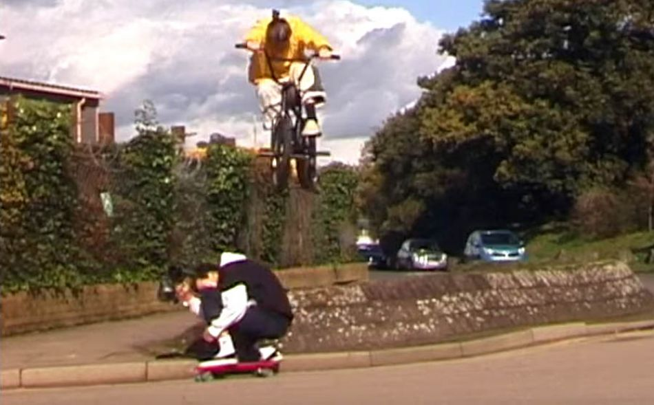 Éclat BMX - Sam Chamberlain 'Everyday is a Sunday'