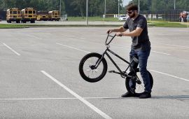 How-To Manual A BMX Bike by Dans Comp