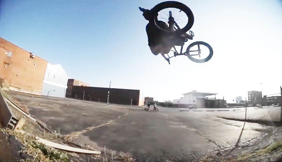 20 a G - Chris Childs and ?????? by BMXFU