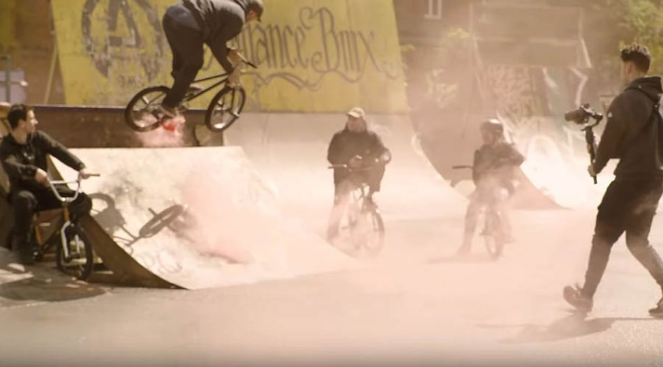 """It's Our Own Passion""-Jam am Bremer Schlachthof by freedombmx"