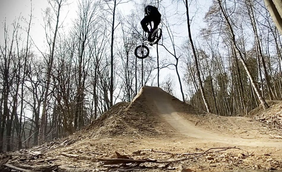 SIBMX: Markus Reuss – 30 Minutes in the Woods by freedombmx