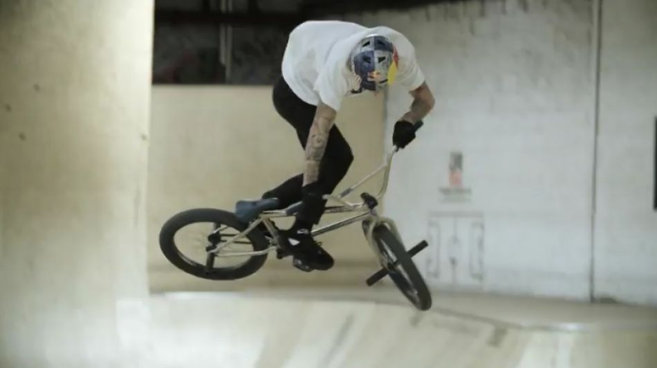 Watch Kriss Kyle slay BMX at Unit 23 Skatepark