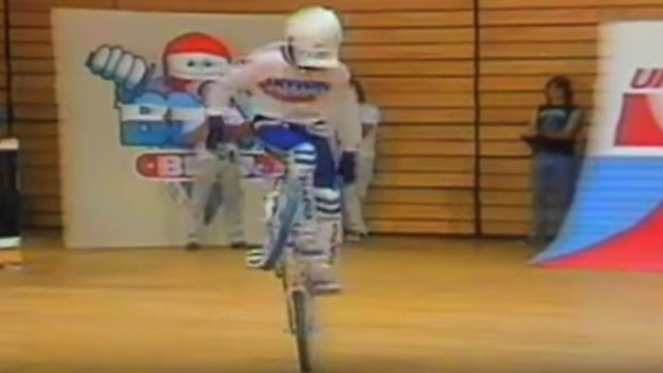 BMX Beat | Craig Campbell | Flatland | 3-in-1 Oil Champs | 1986 | by The Stuntabiker
