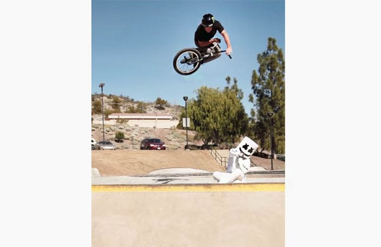 Freestyle BMX Tricks | Adventures with Marshmello and Larry Edgar