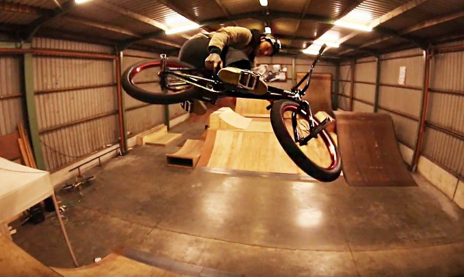10 bmx tricks with ... by Dothings