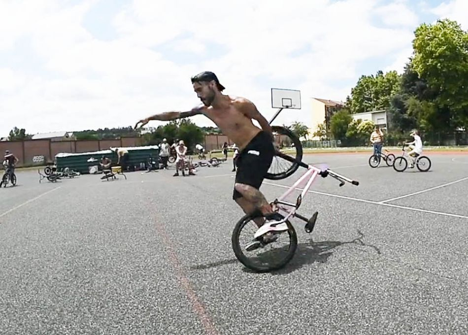 Outrider Toulouse BMX Flatland Jam - Coast Cycles by Maxime Cassagne
