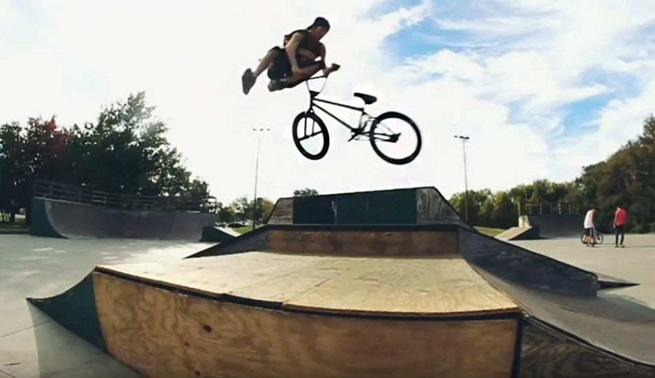 "BMX ""Matt Poteet"" Never Grow Old VIDEO PART by Matt Poteet Films"