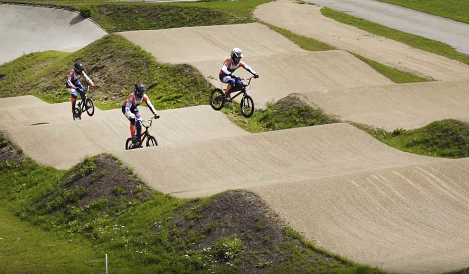 RIDING ON OUR NEW MEYBO BIKE - SX Track Papendal by Justin Kimmann
