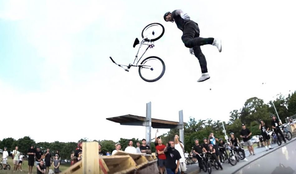OFF THE COUCH Pizzey Jam: The Biggest Australian BMX Jam So Far This Year! by LUXBMX.COM