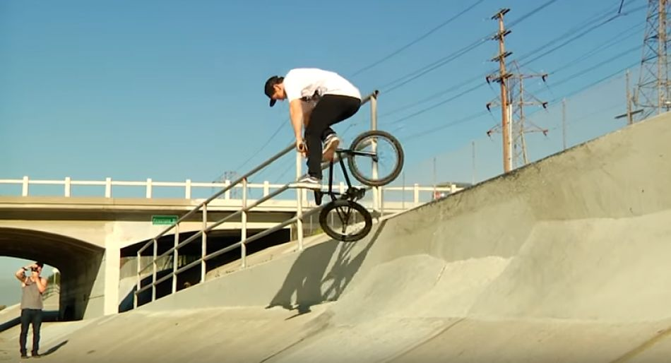 Sean Sexton Switch Whip Perfection! - Ep. 3 Kink BMX Saturday Selects