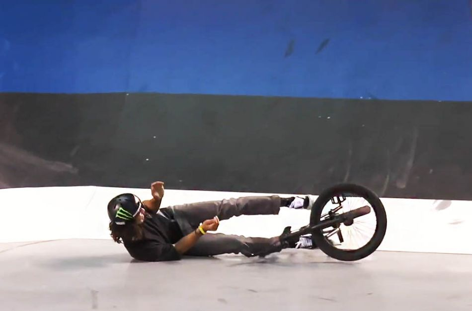 BMX CRASHES AT THE SIMPLE SESSION by simplesession