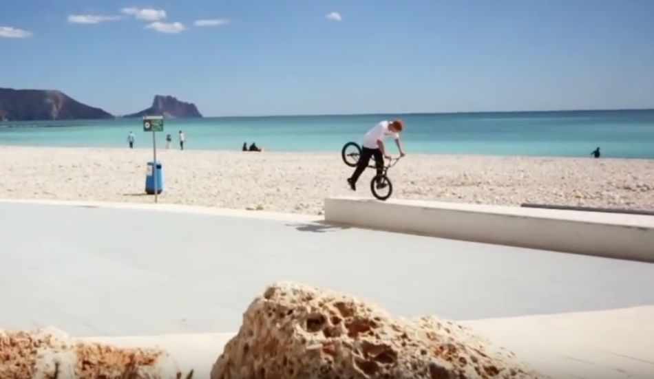 BMX Street: Ondra Leo Miggisch – Welcome to 360 Grad Sportshop by freedombmx