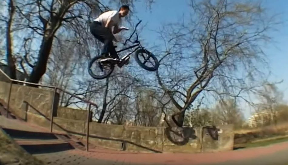 17 YEAR OLD BMX BOSS - WIKTOR SKIBINSKI