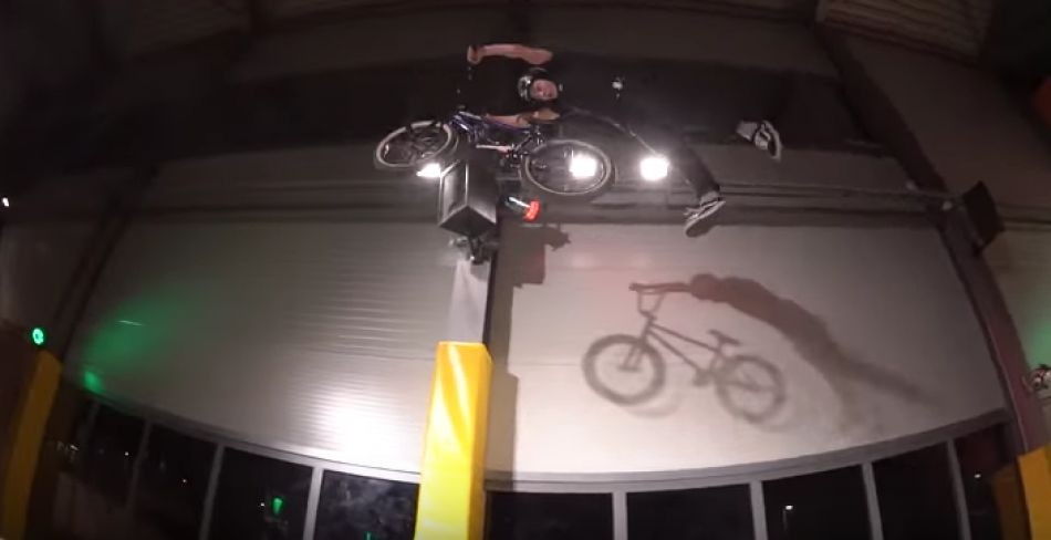 "Monster ""X MAS JAM 2016"" Freestyle halle Zürich Nuts and Bolts BMX"