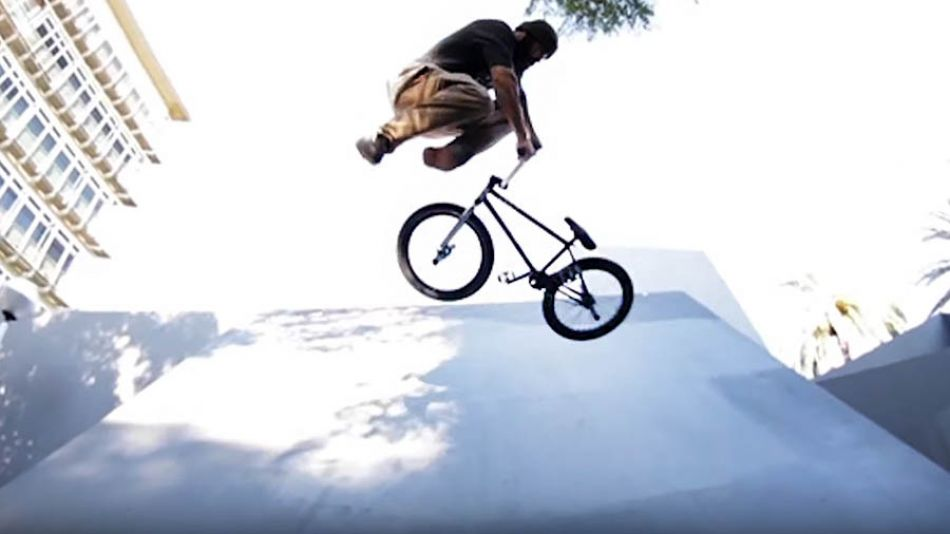 RAW CLIPS Maycon Duarte ''A TROPA BCN'' by THE GANG COMPANY Bmx