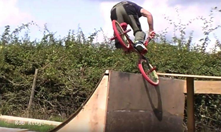 Entity BMX Shop 2098 Feature Video by SteevCVM