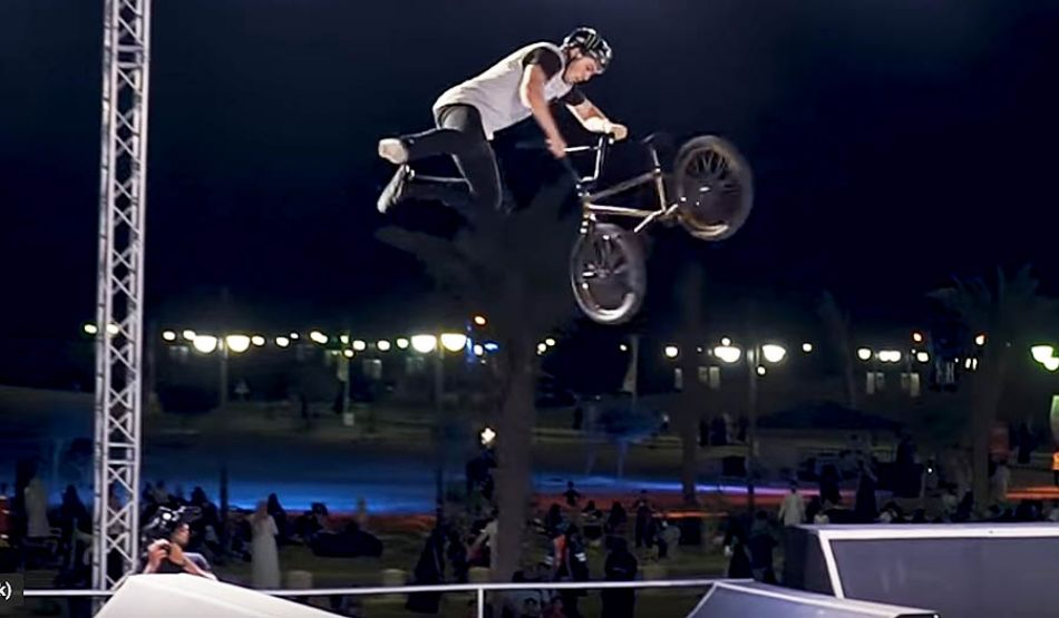 FISE: Battle of the Champions - THE BANGERS by Vital BMX