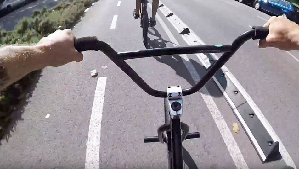 BMX STREET: One day in Barcelona / RAW Series by Mati Lasgoity / Episode 1