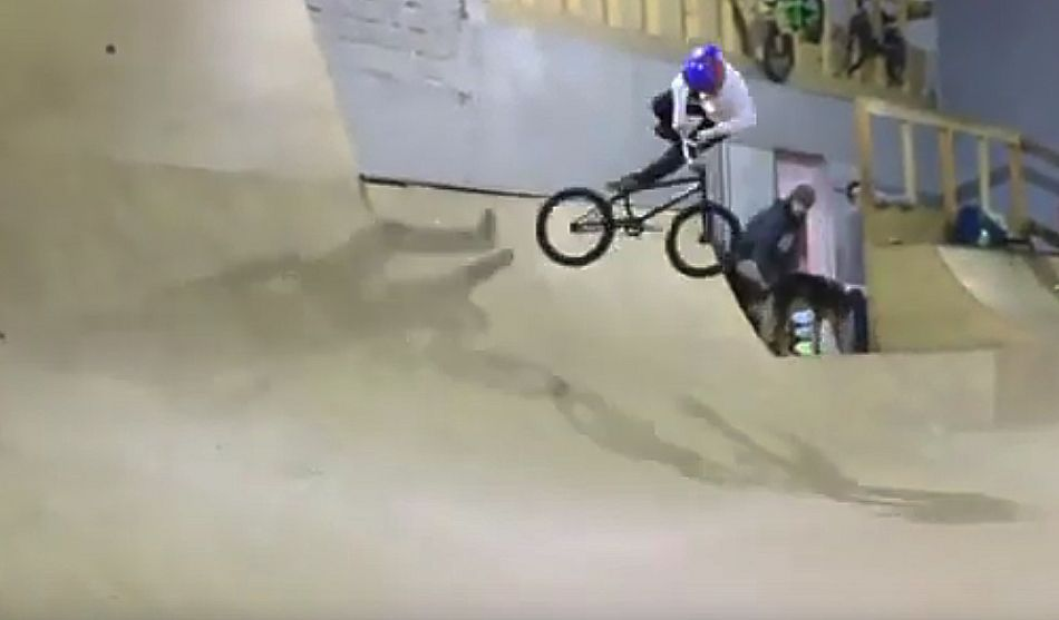 BMX lesson with Sacha Cambon, 9 years old by Simplified BMX
