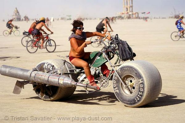 2da95937776c8 Mad Max pin-up  21+